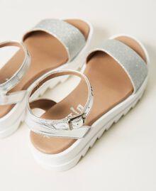 Sandalias de piel laminada con glitter Gris Plata Laminado Niño 211GCJ100-04