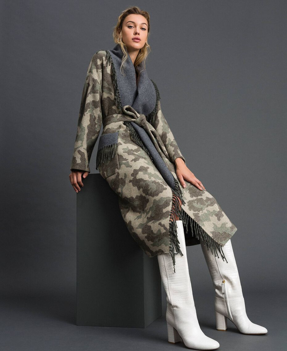 Camouflage wool cloth coat with fringes Camouflage Jacquard Woman 192TT2502-03