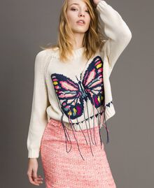 Boxy top with hand embroidered butterfly Pale Ecru Woman 191TP3110-05