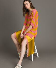 """Maxi jumper with slits """"Coral Geranium"""" Red / """"Honey Gold"""" Striping Woman 191TT3150-01"""