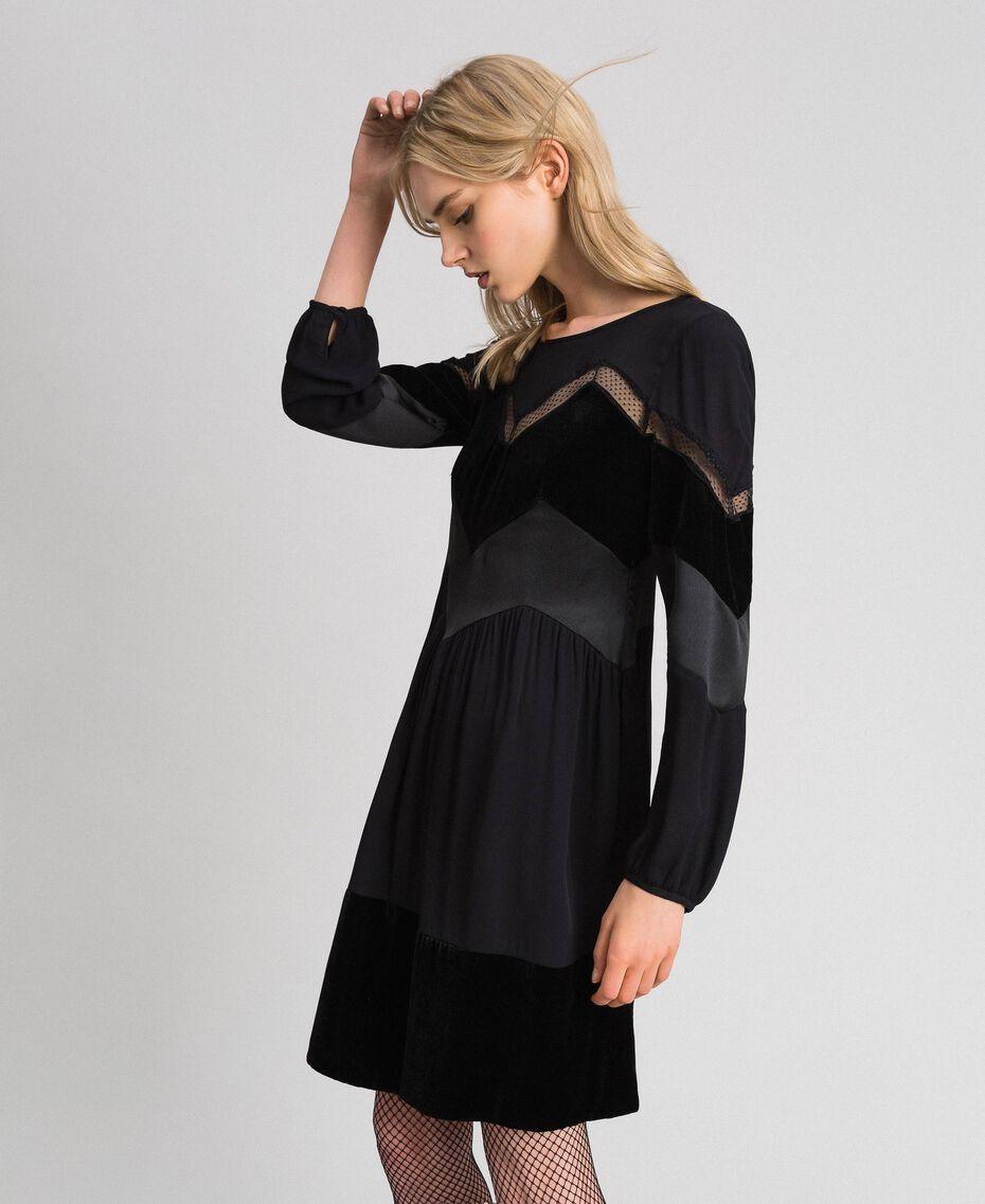 Robe avec détails en velours Noir Femme 192TT2281-02
