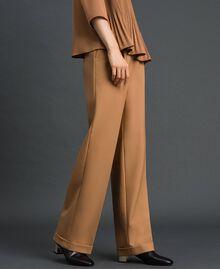 Pantalon en laine technique Camel Femme 192TT2452-01