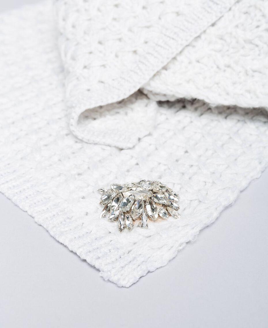 Schal mit Stickereien aus Wollgemisch Weiß Schnee Frau QA8TKP-02