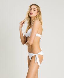 Push-up-Bikinitop mit Lochstickerei Weiß Frau 191LBME44-02
