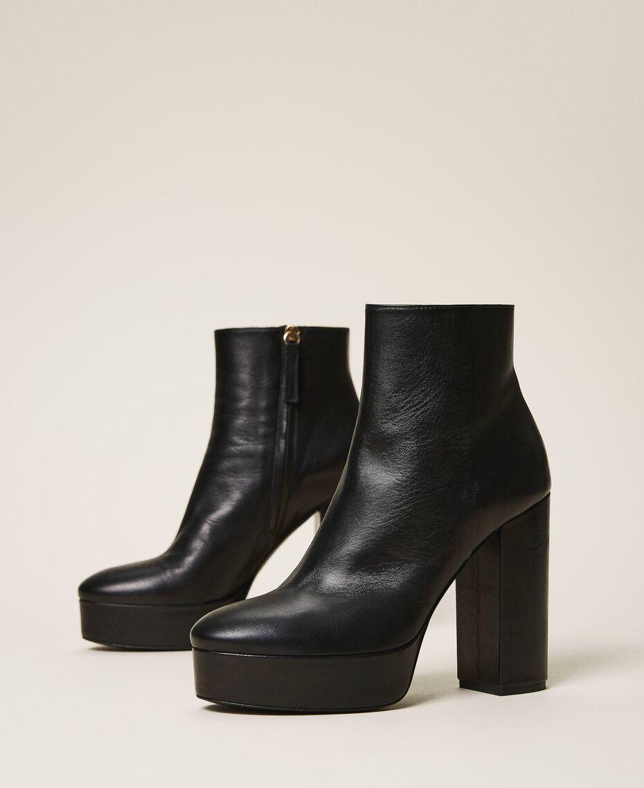 Bottines à plateforme en cuir Noir Femme 202TCP152-01