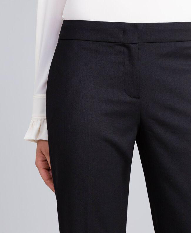 Cool wool drainpipe trousers Black Woman PA823P-04