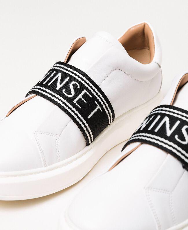 Sneakers aus Leder mit Logo Weiß Frau 201TCP134-04