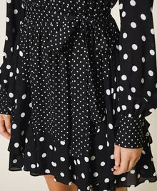 "Polka dot crêpe de Chine dress Black / ""Snow"" White Polka Dot Patch Woman 202TT2311-04"