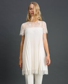 Pleated crêpe de Chine and lace blouse White Snow Woman 192TT2490-03