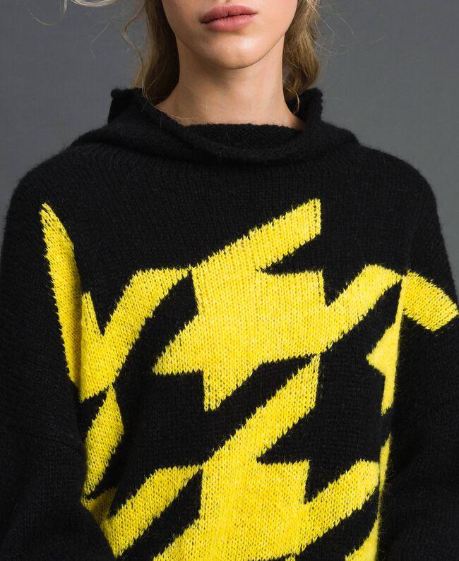 Maxi pull en mohair mélangé avec incrustation Noir / Jaune Femme 192MT3250-04