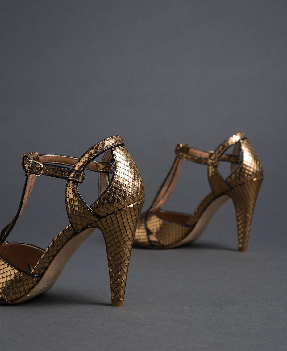 Sandali in pelle laminata animalier Stampa Pitone Oro Donna 192TCT038-02