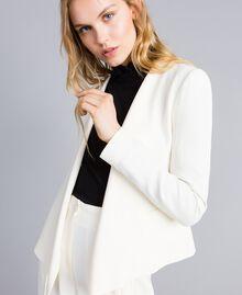 Jacke aus Envers-Satin Weiß Schnee Frau TA824G-01