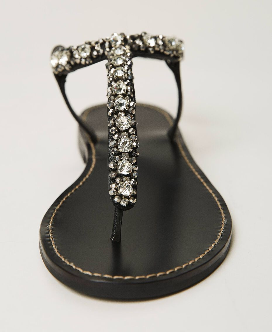 Thong sandals with bezels and rhinestones Black Woman 211TCT044-02