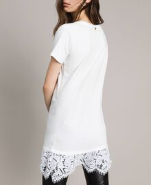 Maxi T-shirt with embroidery and lace White Cream Woman 191MP2065-03