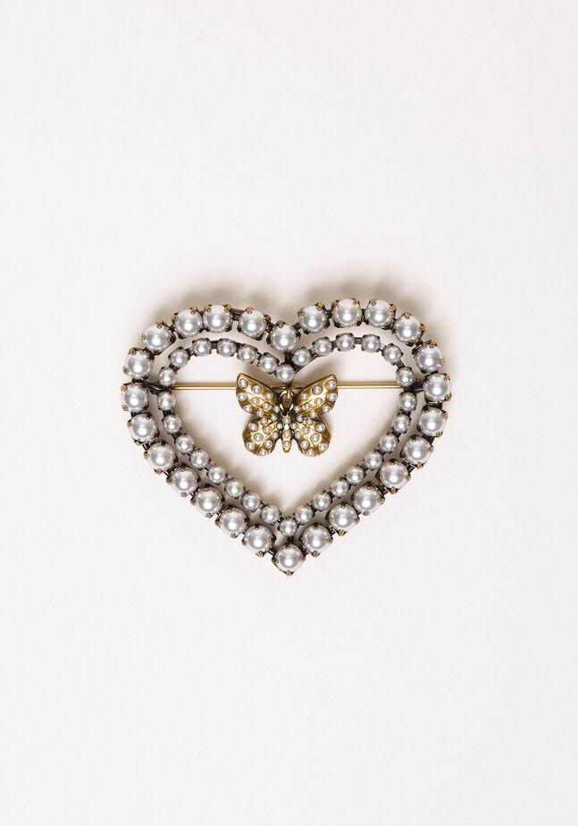 Herzbrosche mit Perlen und Schmetterling