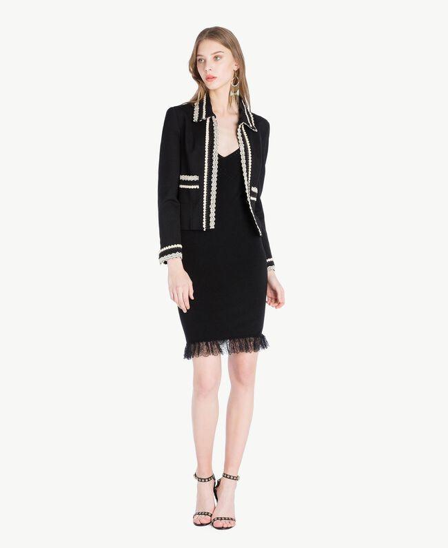 Kleid aus Viskose Schwarz Frau TS832Q-05