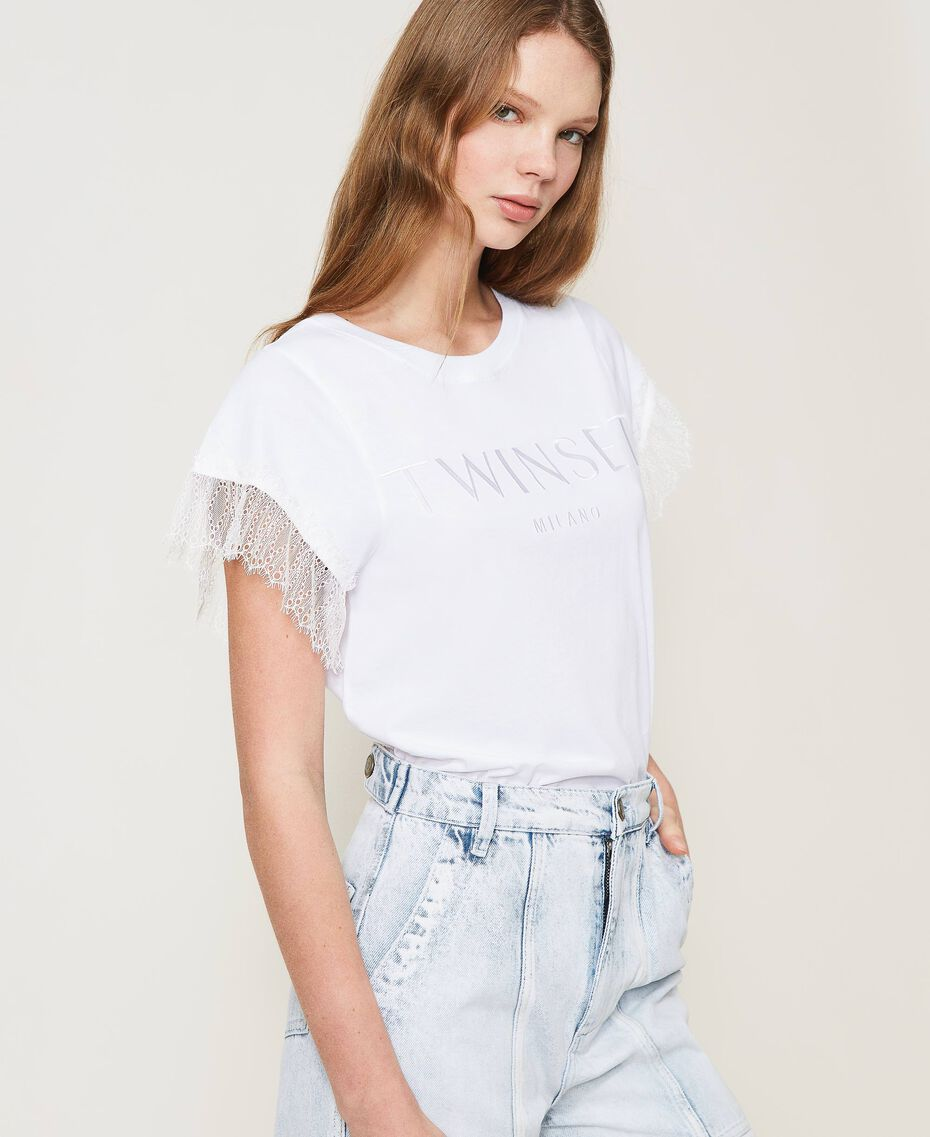 T-shirt with logo and lace sleeves White Woman 211TT2231-02