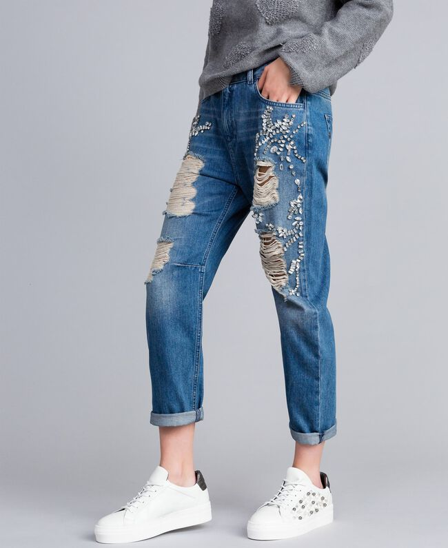 Embroidered girlfriend jeans Denim Blue Woman JA82V1-01