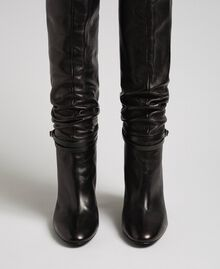 Leather thigh-high boots with strap Black Woman 192TCP106-04