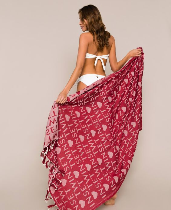 Jacquard beach towel with fringes