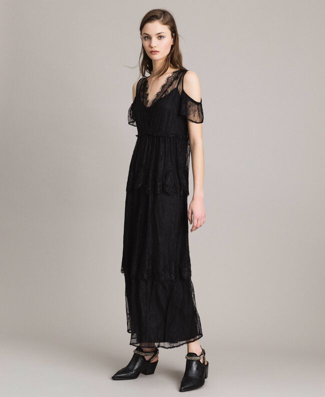 Flounced long Chantilly lace dress Black Woman 191ST2123-01