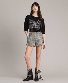 "Fringed tweed shorts Two-tone ""Snow"" White Bouclé / Black Woman 191TP2526-01"