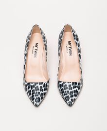 Animal print court shoes Lily Animal Print / Black Woman 201MCP01N-05