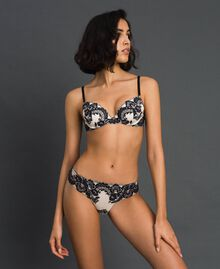 Two-tone lace briefs Ivory / Black Woman 192LL6D66-02
