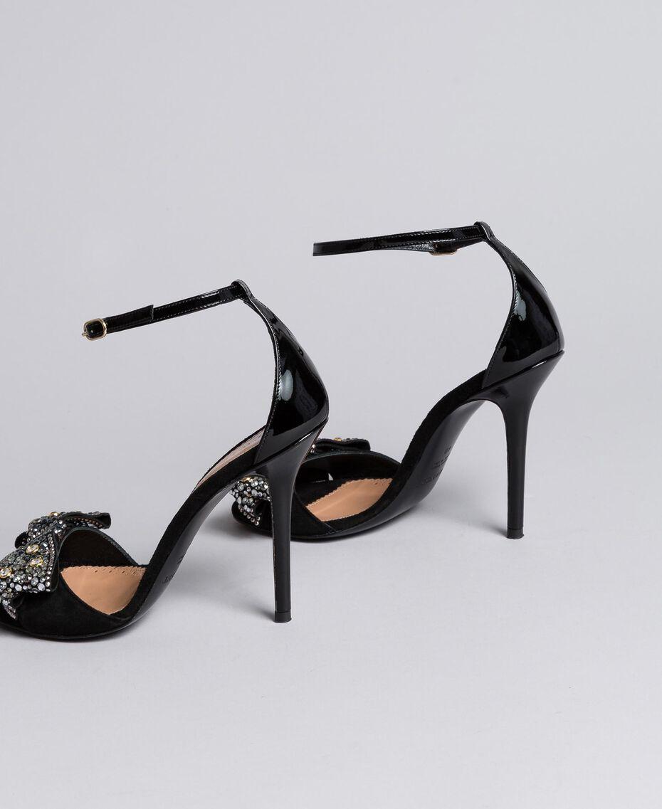 Sandalette aus Veloursleder mit Schleife Schwarz Frau CA8PG1-02