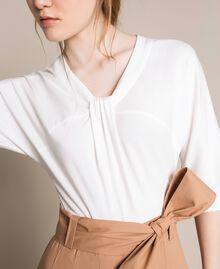 Robe mi-longue avec jupe en popeline Bicolore Blanc Optique / Marron Clair Femme 201ST2023-04