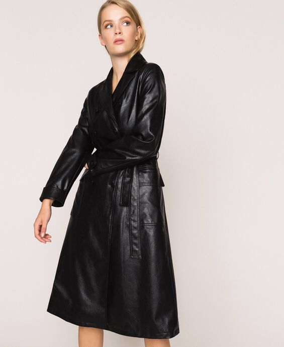 Trench in similpelle con cintura