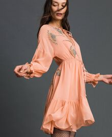 Robe en crêpe georgette avec broderies florales Rose Mousse Femme 192TP2160-01