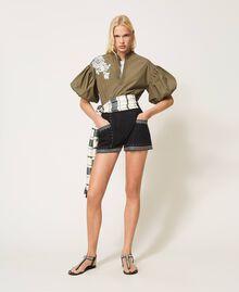 Shorts aus Popeline mit Nieten Schwarz Frau 211TT2484-0T