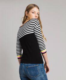 Jersey de rayas con broche en forma de lazo Bicolor Negro / Blanco Mujer 191MP3055-04