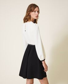 Two-tone crêpe dress with belt Two-tone Parchment White / Black Woman 202TT2337-03