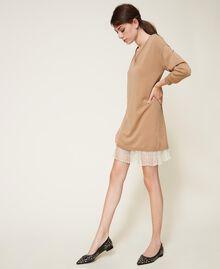 Vestido de lana mixta con plisados Bicolor Beige «Duna» / Blanco Nata Mujer 202MP3091-04