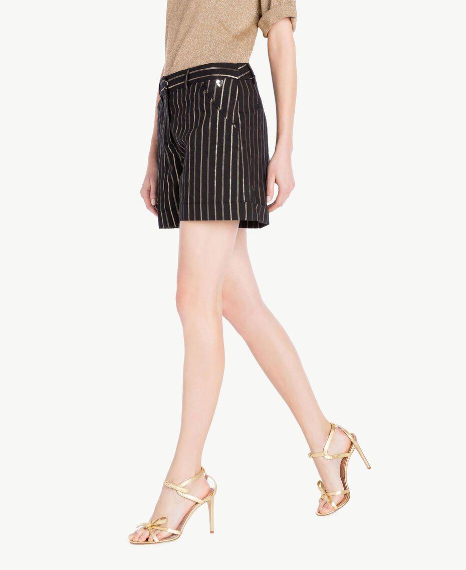 Shorts aus Jacquard Jacquard Schwarz / Goldene Streifen Frau TS82VE-02