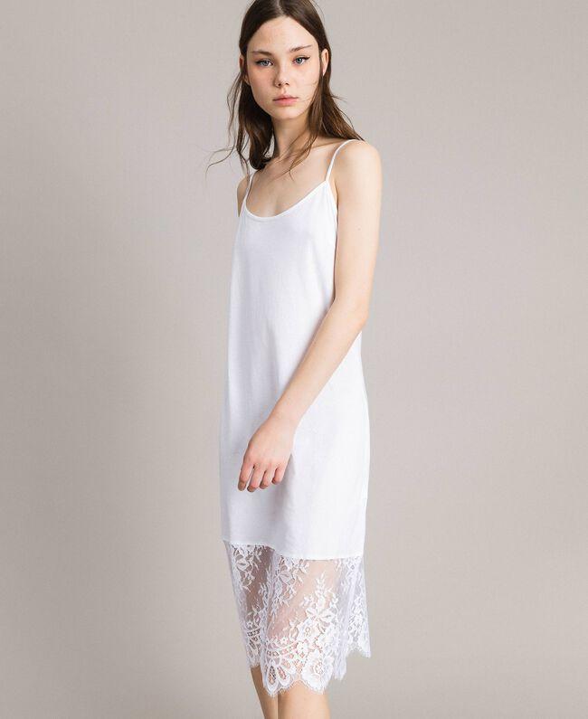 Kleid im Unterkleidstil mit Spitze Schwarz Frau 191TP260H-03
