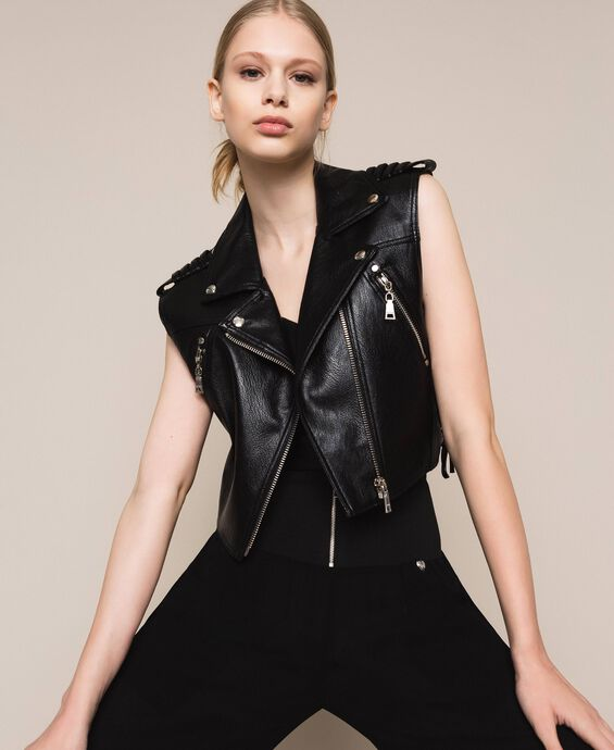 Gilet cropped in similpelle
