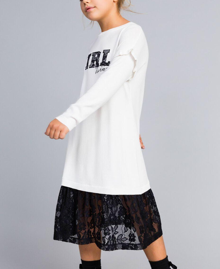Kleid aus Viskose mit Spitze Zweifarbig Off White / Schwarz Kind GA83BN-0S