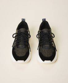 Running shoes with logo Black Woman 202TCP036-05