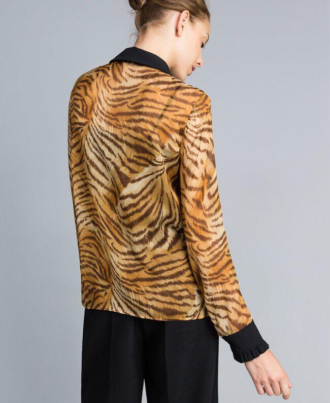 Camisa de gasa de seda estampada Estampado Tigre Mujer TA8252-03