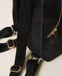 Twinset Bag im Rucksackformat aus Satin Schwarz Frau 202TB7201-04