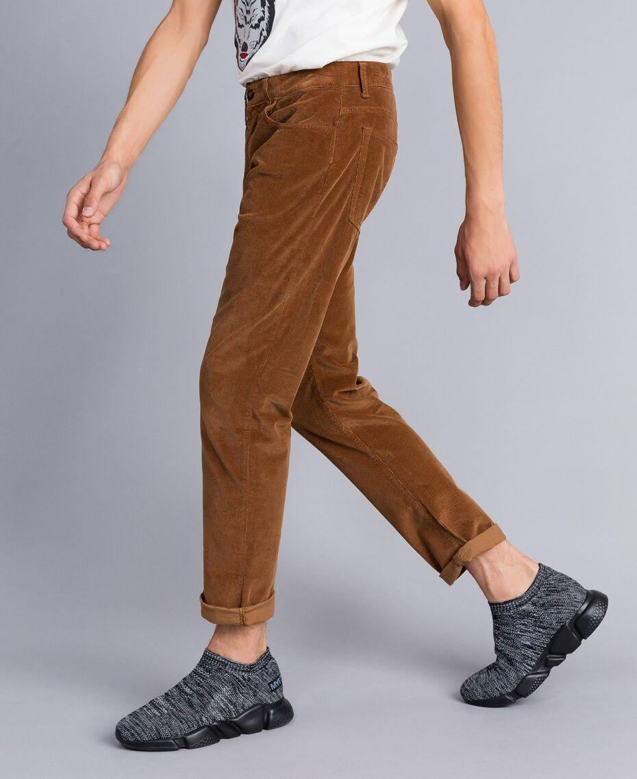 Pantalon en velours Beige Toffee Homme UA82CA-02