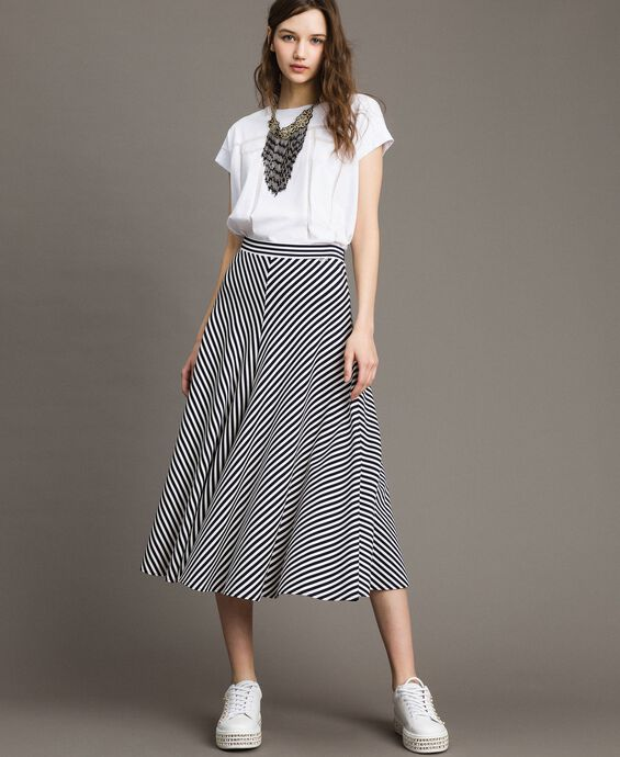 Two-tone striped mid-length skirt