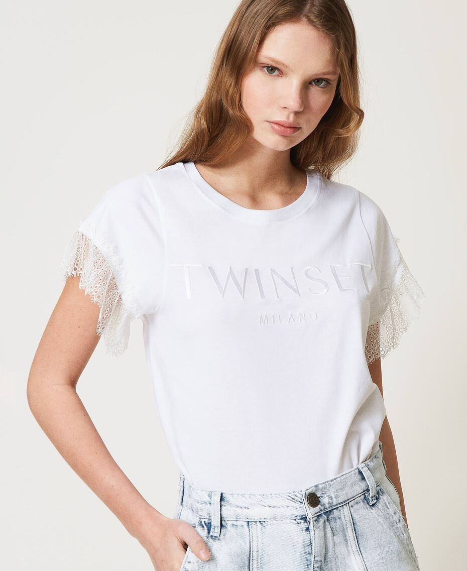 T-shirt with logo and lace sleeves White Woman 211TT2231-01
