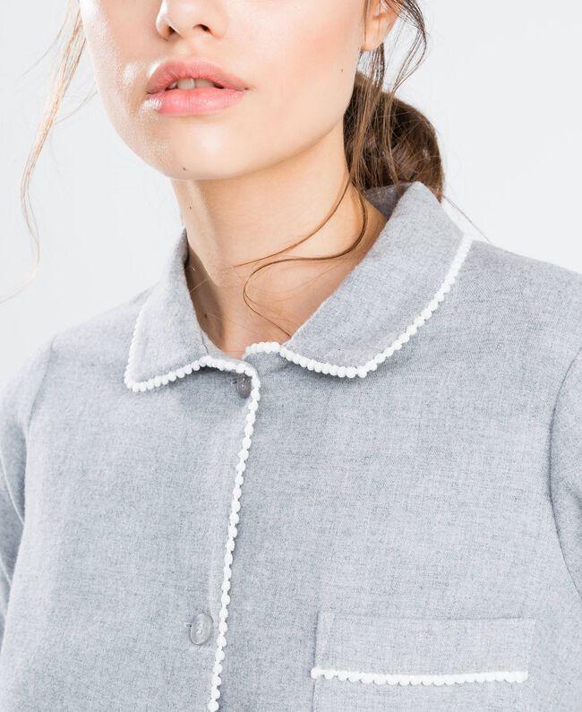 Pyjama aus meliertem Flanell Durchschnittgrau-Mélange Frau LA8BHH-04