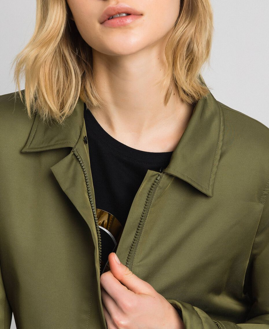 Manteau en satin technique avec col animalier Vert Vetiver Femme 192MP2121-05