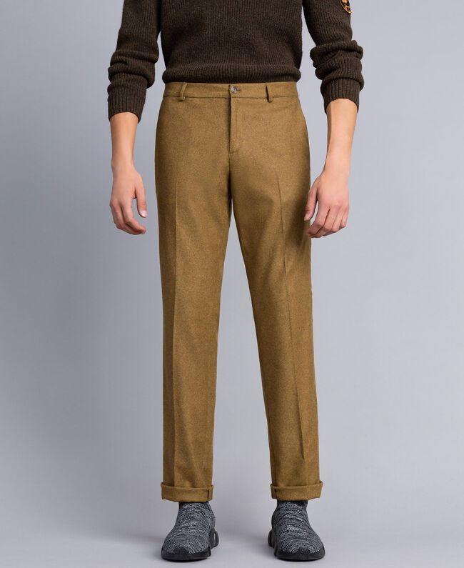 Hose aus Flanell Karamellbraun-Melange Mann UA82C1-03