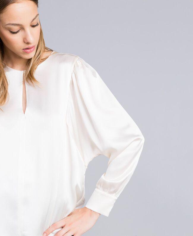 Blouse en satin de soie mélangée Blanc Neige Femme TA82YA-04